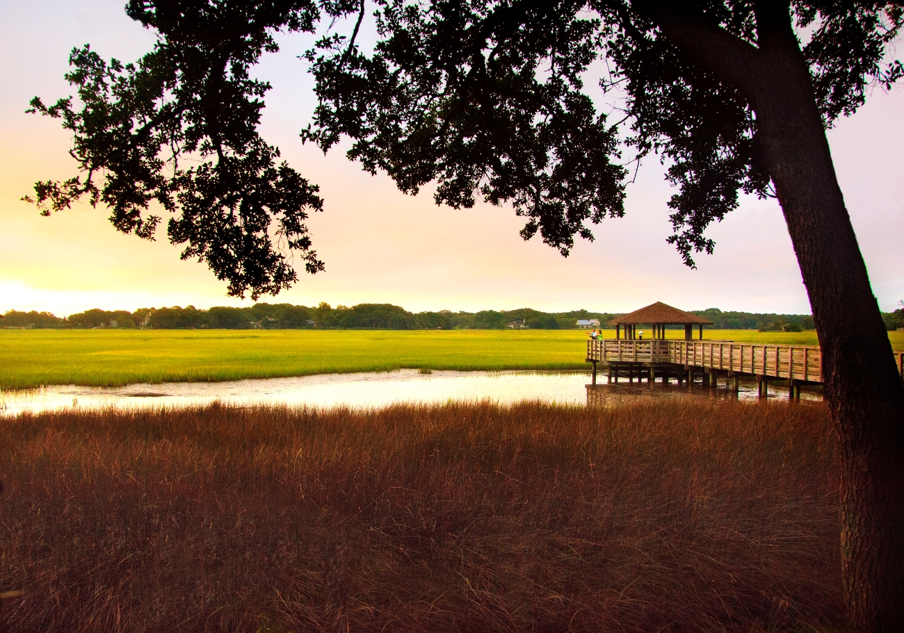 Hilton Head Health is an all-inclusive wellness resort, featuring private villas, small-group classes on meditation, yoga, and fitness, as well as healthy (yet delicious) meals. You can continue to enjoy the outdoors here on miles of walking paths through 800 acres of moss-draped oak trees and lagoons, full of Lowcountry wildlife. / Image courtesy of Hilton Head Health // Published: 6.24.20