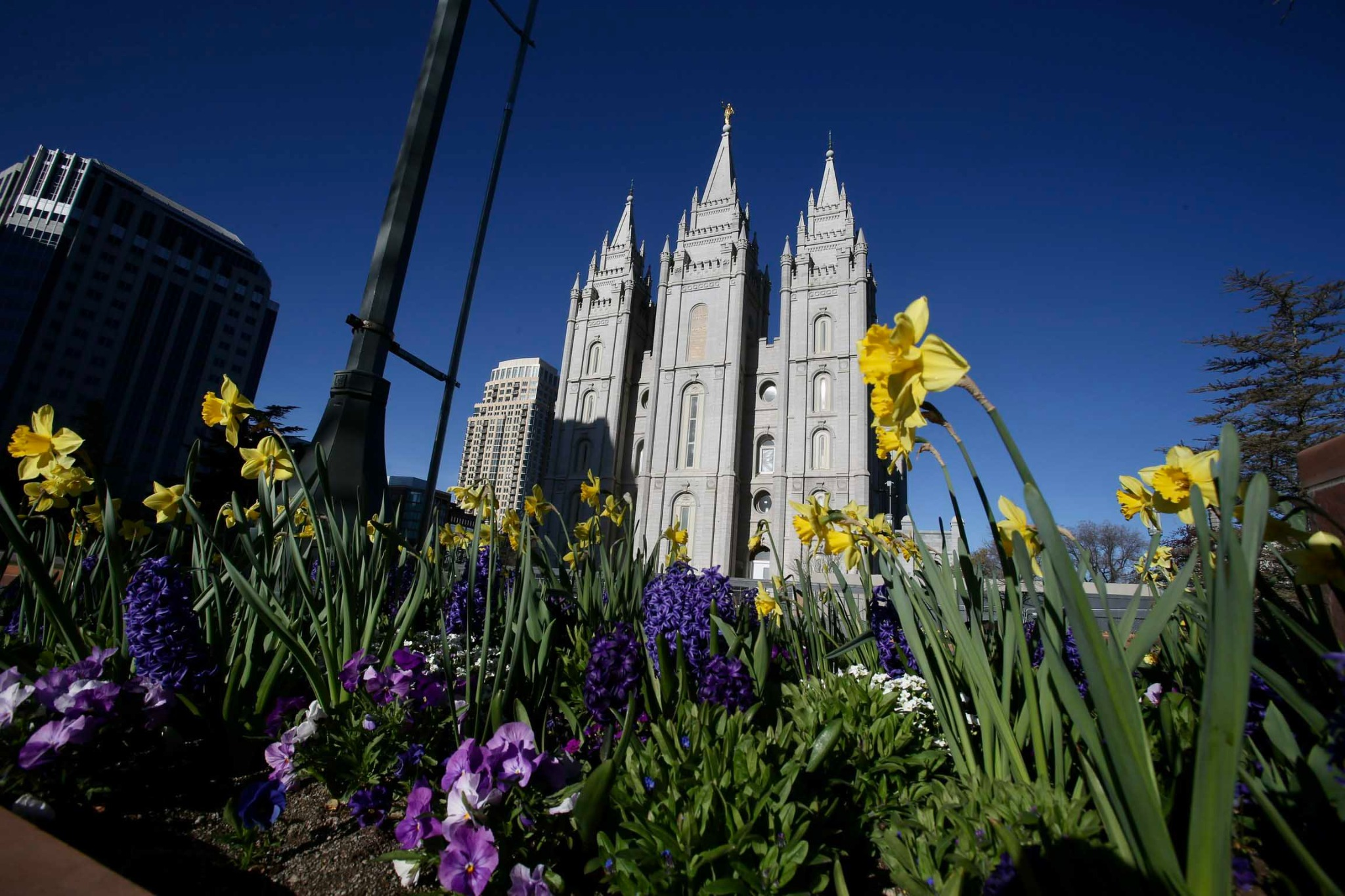 190th Annual General Conference - Evening Session, Day 1 (Photo: The Church of Jesus Christ of Latter-day Saints)