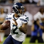 Report: Seahawks' backup quarterback arrested after Dallas crash