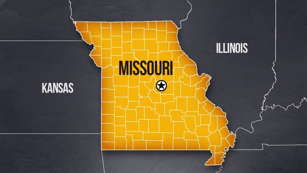Sheriff 8 people dead after missouri tourist boat for Lake link fishing report