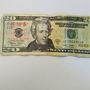 Police warn of counterfeit bills in Klamath Falls