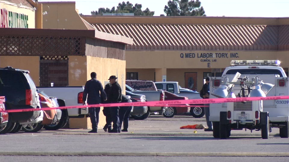 Scene of deadly shooting outside Barfly at 11335 Montwood Drive on Sunday, Jan . 30, 2017. (Credit: KFOX14/CBS4)